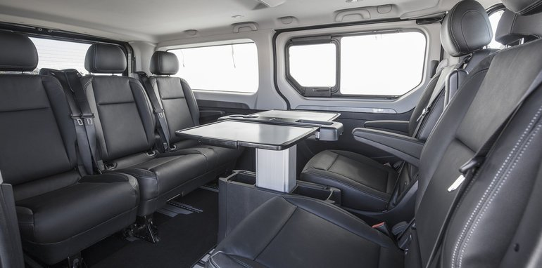 renault-trafic-spaceclass-seats-2