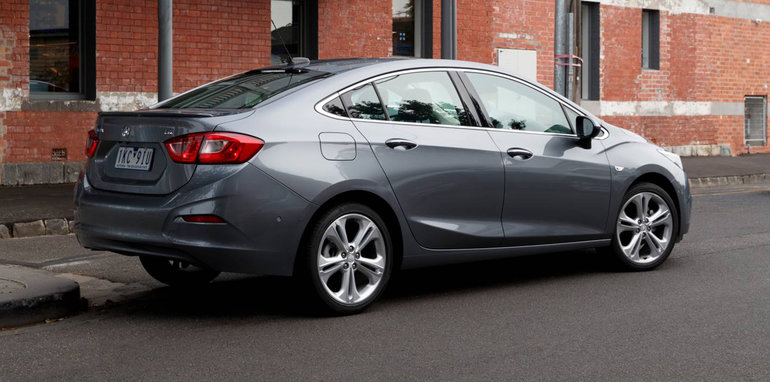 2017 holden astra sedan pricing and specs new four door cruises in to join hatch. Black Bedroom Furniture Sets. Home Design Ideas