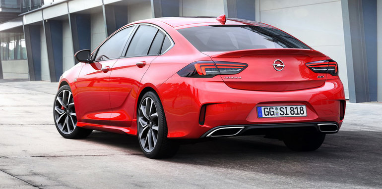 2018 holden commodore vxr opel buick cousins revealed. Black Bedroom Furniture Sets. Home Design Ideas