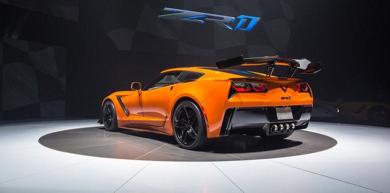 2019 chevrolet corvette zr1 revealed. Black Bedroom Furniture Sets. Home Design Ideas