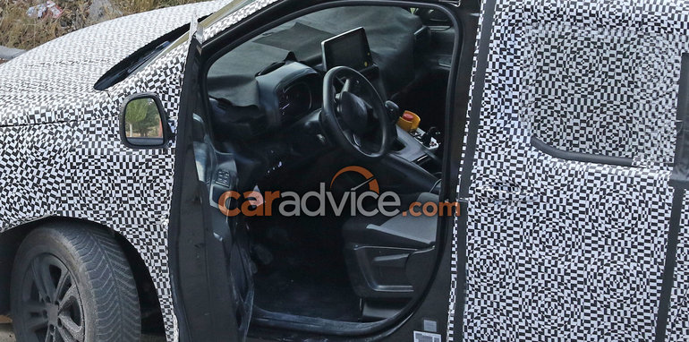 2018 citroen berlingo and peugeot partner interior spied for Peugeot partner interior