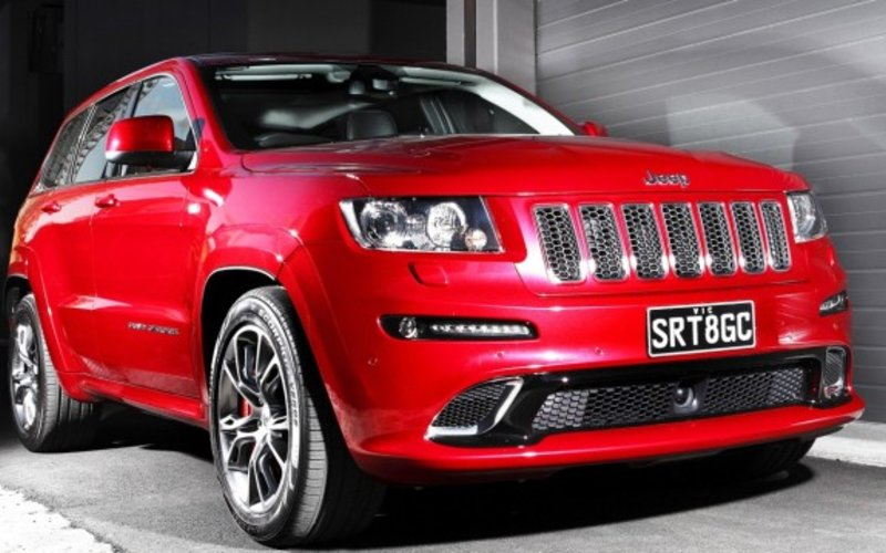 2013 jeep cherokee srt8 review