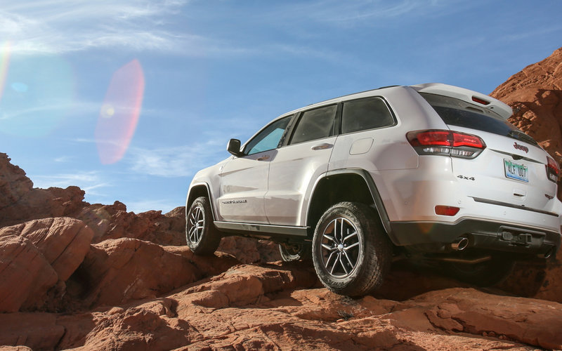 Jeep Grand Cherokee A U0027natural Fitu0027 For Trailhawk Off Road Capability |  CarAdvice