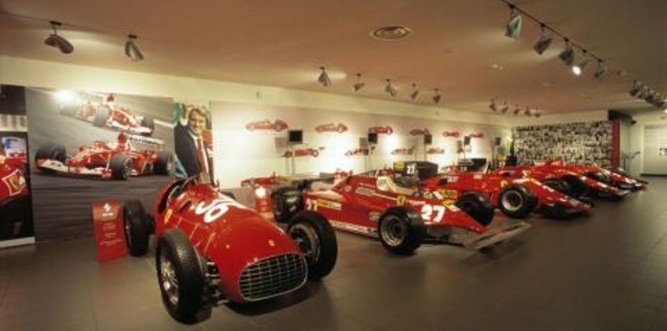 Ferrari offers prize for 200,000th visitor