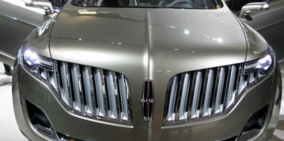 Lincoln MKT concept - 2008 Detroit Auto Show