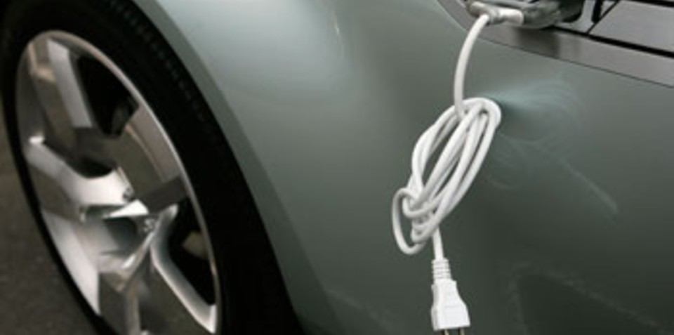GM planning ahead for plug-in vehicles