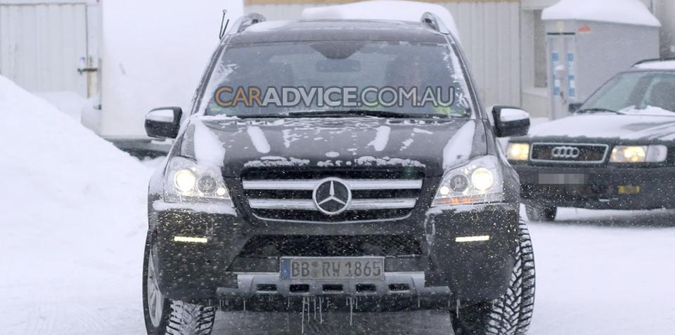 2009 Mercedes-Benz GL facelift spied