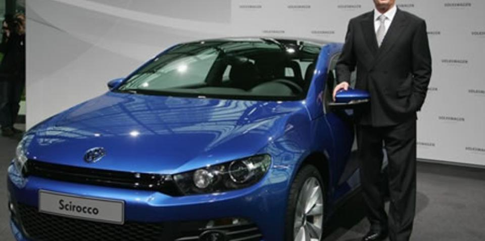 VW continues with US plant but lays-off 16,500