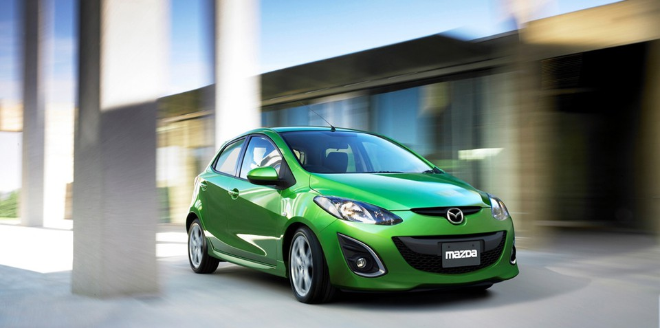 2010 Mazda2 facelift revealed in official press release