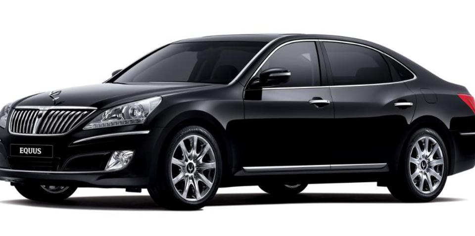 Hyundai Equus stetched version on the drawing board