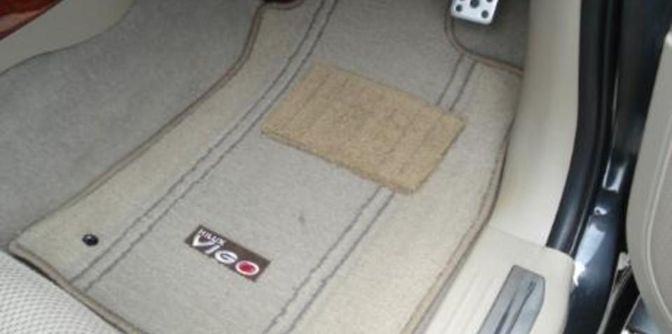 Toyota floor mat issue solved with zip ties