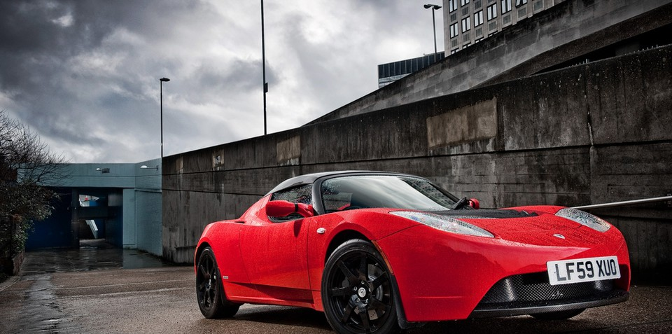 Tesla Roadster now available in right hand drive
