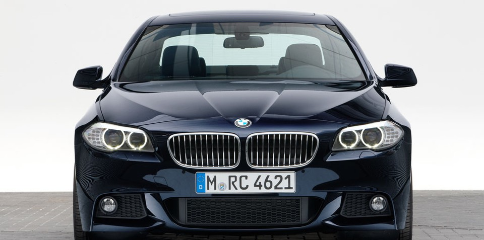 Official: 2011 BMW M5 powered by turbo V8