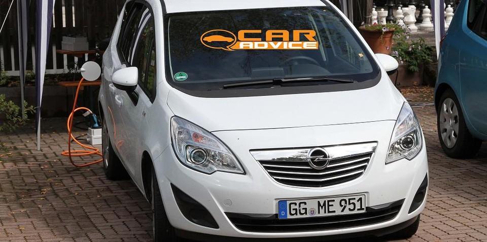 Opel Meriva EV spied testing