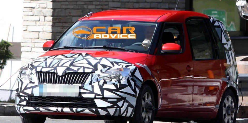 Skoda Roomster prototype unknown variant spied testing