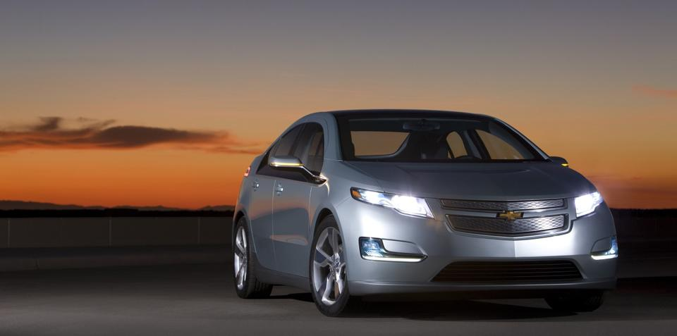 US new vehicle sales up 11 percent in 2010
