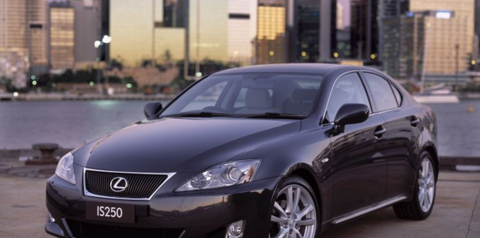 2007 2009 lexus is250 recalled in australia toyota avensis not affected. Black Bedroom Furniture Sets. Home Design Ideas