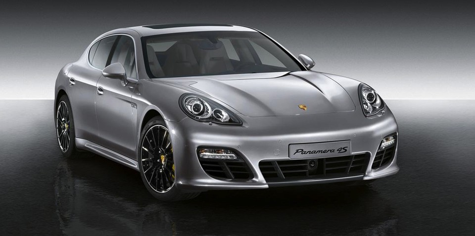 Porsche Panamera Turbo S could be unveiled in April: rumour