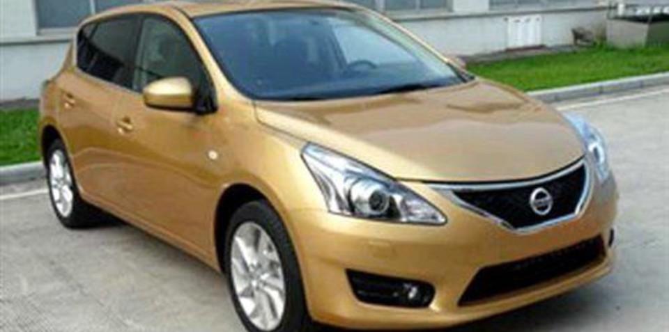 2012 Nissan Tiida spy shots ahead of Shanghai debut