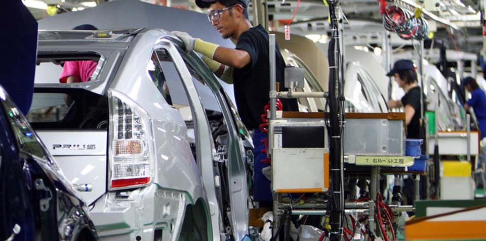 Toyota commits to Japan despite tough production conditions