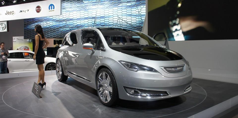 Chrysler 700C concept unveiled at Detroit