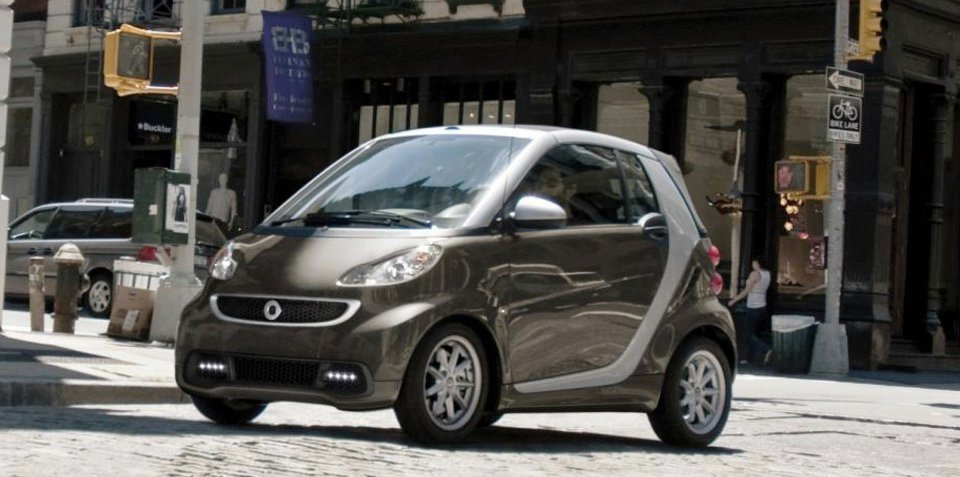 2013 Smart Fortwo facelift II unveiled