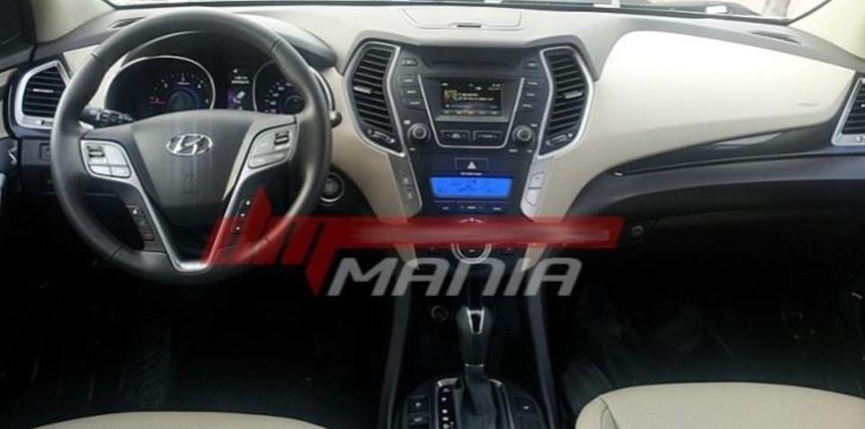 2013 Hyundai Santa Fe interior images leaked