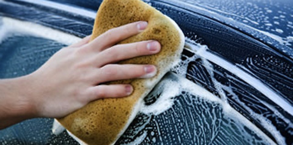 No need to wash: new coating could make car washing obsolete