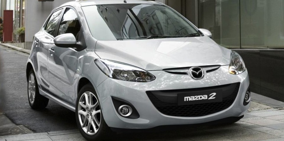 Mazda2 gets connected with USB