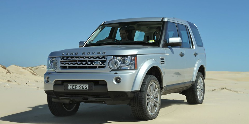 https://s3.caradvice.com.au/thumb/960/477/wp-content/uploads/2012/09/Land-Rover-Discovery26.jpg