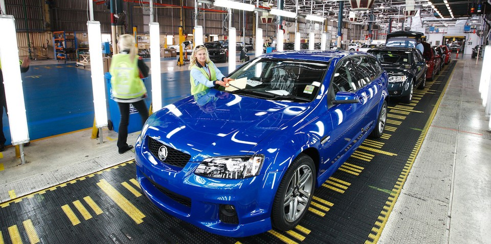 Holden cuts 500 jobs before VF Commodore starts production