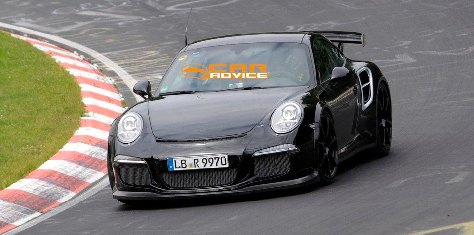 Porsche 911 GT2: hardcore rear-drive twin-turbo spied at Nurburgring