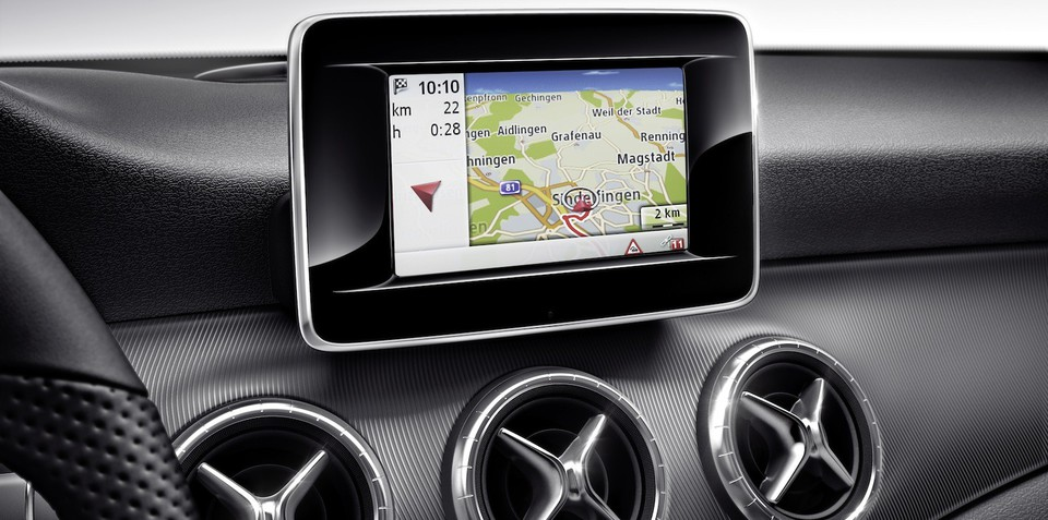 Mercedes-Benz to offer Google Glass navigation app