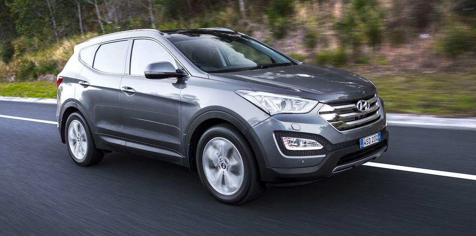 2015 Hyundai Santa Fe pricing and specifications