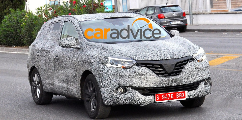 2016 Renault Koleos spied for the first time