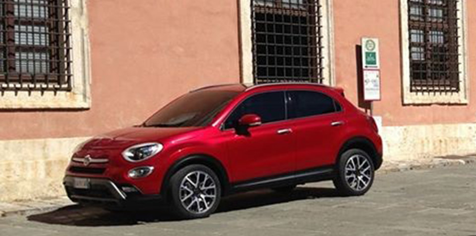 Fiat 500X spotted camouflage free on an Italian street
