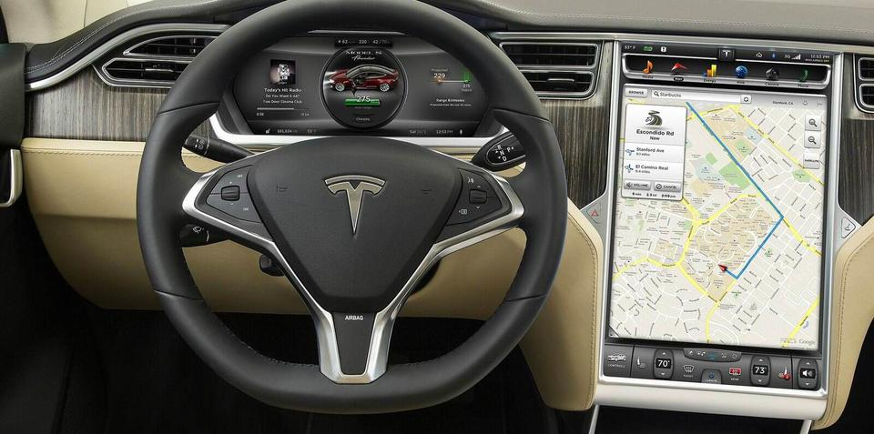 Tesla Model S : Software v6.0 update brings location-based air suspension, traffic-based navigation