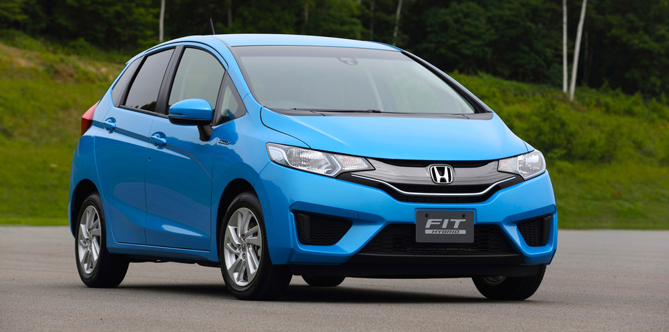 Honda CEO and executives take pay cuts over recent recalls