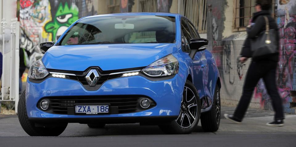 Next Renault Clio to go hybrid - report