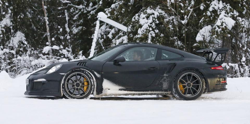 2015 Porsche 911 GT3 RS  revealed