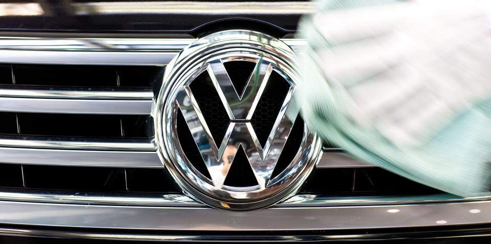 Volkswagen considering a sedan to sit above Passat, below Phaeton - report