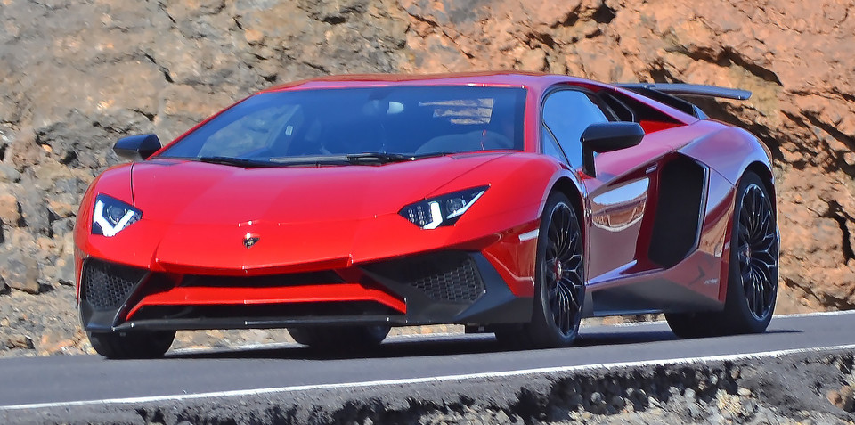 Lamborghini Aventador SV caught on photo shoot