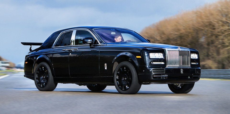 Bewinged Rolls-Royce Phantom is actually an SUV development mule