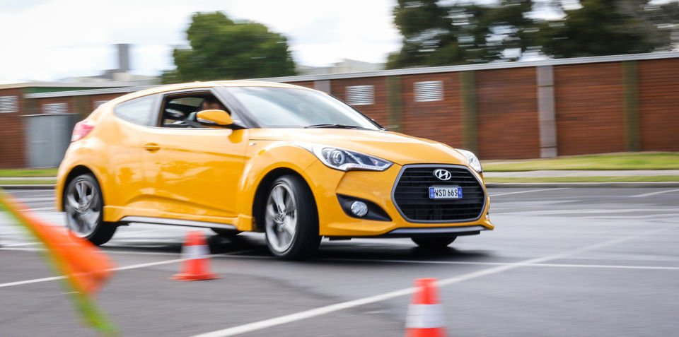 2015 Hyundai Veloster SR Turbo :: The Correspondent driver training weekender