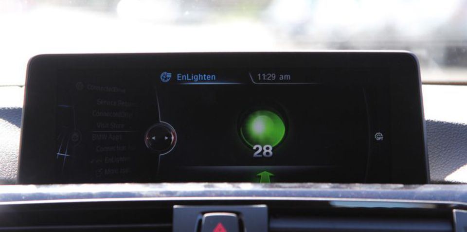 BMW partners up on traffic light countdown: EnLighten hits ConnectDrive overseas