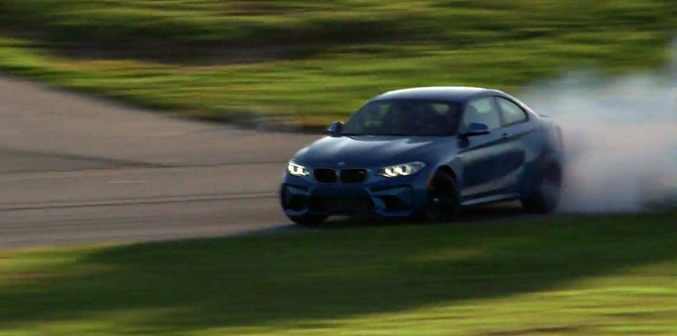 BMW M2 gets in a quick drift session - video