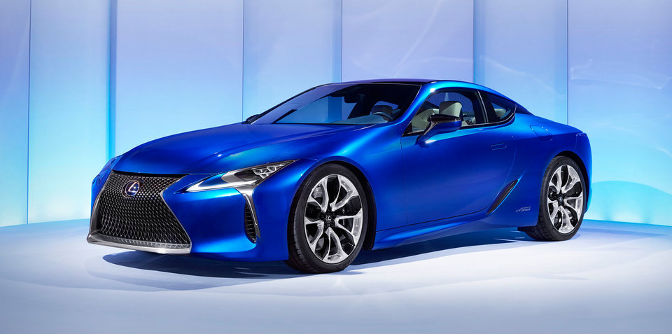 2017 Lexus LC500h revealed