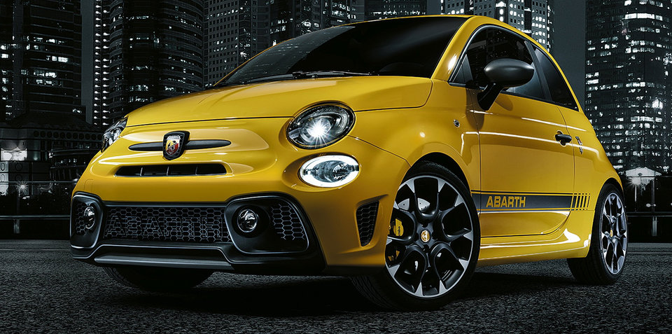 2017 Abarth 595 revealed:: tiny hot hatch gets power bump, tweaked looks