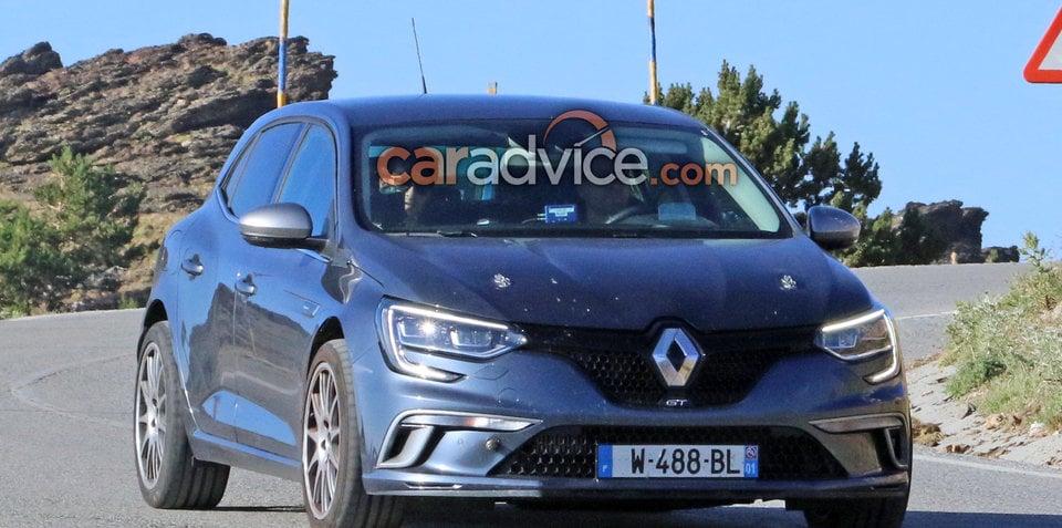 2018 Renault Megane RS spied testing
