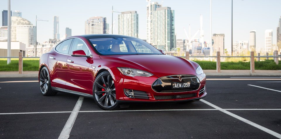 2012-2016 Tesla Model S recalled